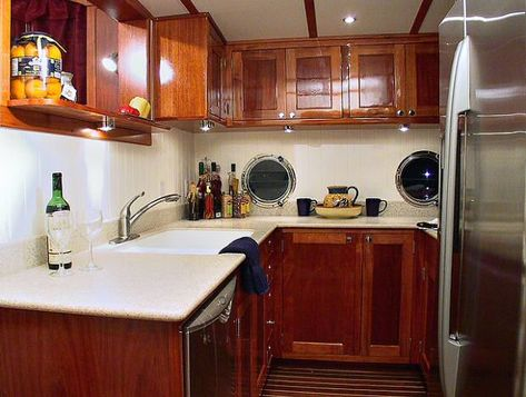 galley of great harbour trawler
